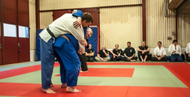 Film från uppvisning – judo och sport ju-jutsu